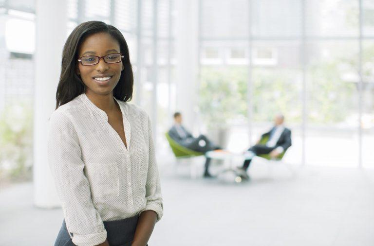 black woman career tips, smiling black woman, beautiful black woman, beautiful woman, working woman